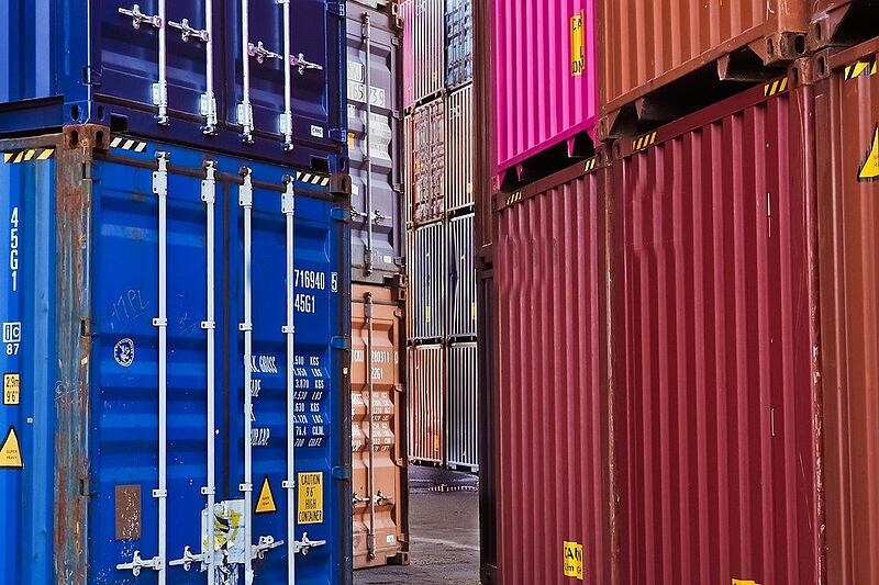 container-3859711_960_720