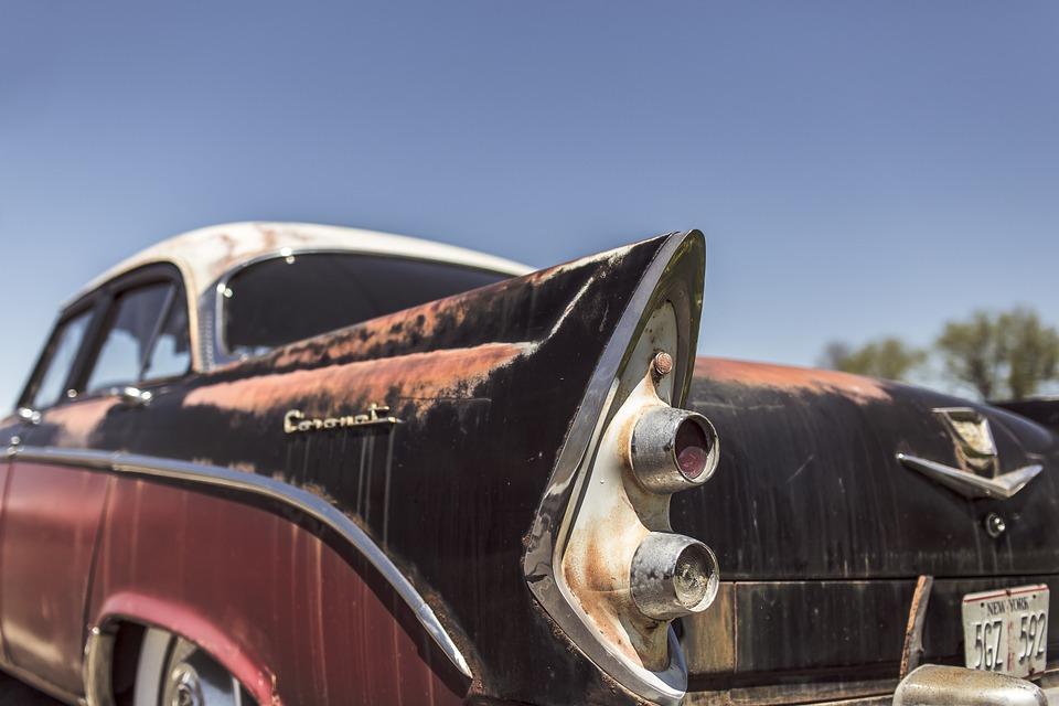 classic-car-362176_960_720